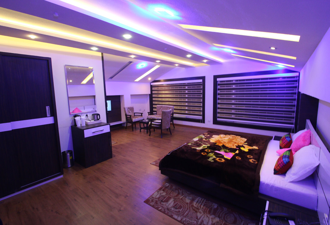 Hotel Comfort Inn Dalhousie Near D P S Accommodation